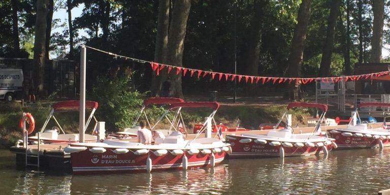 Naviguez sur la Deûle avec les bateaux électriques sans permis